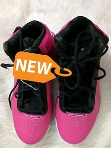 AU Under Armour Women's Size 10.5  Pink White  Basketball Shoes Sneakers  NWOT