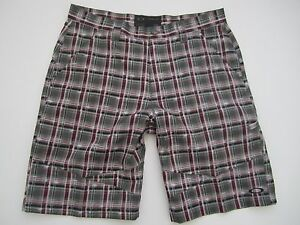 Mens size 34 Oakley polyester plaid gray pink golf shorts