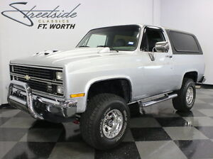 1984 Chevrolet Blazer  NICELY BUILT & LIFTED 4X4 BLAZER 350 CRATE FLOWMASTER DUALS CUSTOM STEREO!!