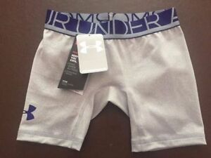 Under Armour Girls HeatGear Sonic Compression Shorts  Save 45%!!  XS