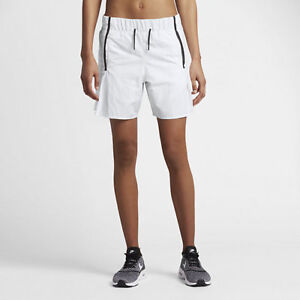 Nike Sportswear Womens Quilted and Lined Shorts  Save 50%!! Small  Medium Bonded