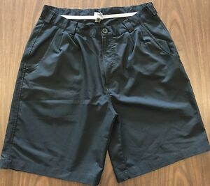 Men's Under Armour Black Golf Shorts Dress Shorts Flat Front Size 34 Nice!