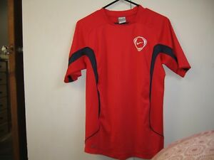 NIke Fit Dry Childs T-Shirt Size XL Colour Red