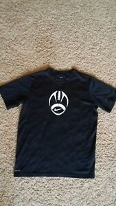 Nike Black Heat Gear Dry Fit Fitted Shirt Youth Boys Large