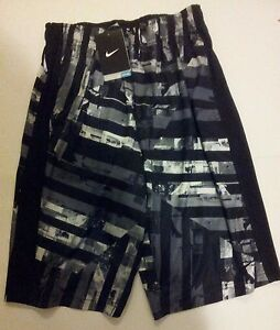 New  Nike Boy's Training shorts Size L  DRY-FIT 811581