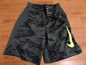 bnwt--boys  nike dry fit shorts-size small-green design-training-yellow swoosh