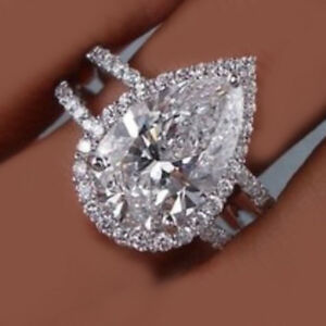 GIA Certified Halo Design Diamond Engagement Ring 2.25 CTW Pear Cut 18K Gold