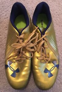 2014 USED TEAM ISSUED SHAMROCK SERIES NOTRE DAME FOOTBALL UNDER ARMOUR CLEATS #7