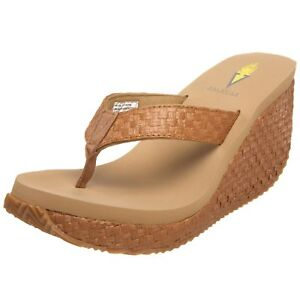 Volatile Women's Cha-Ching Wedge Sandal Tan 9 B(M) US