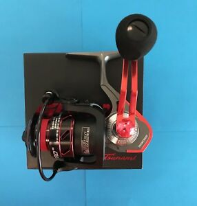 Tsunami Guard TSGAR3000 3000 Red Guard Spinning Fishing Reel - USA Seller