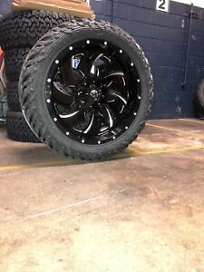 5 22x10 D574 Fuel Cleaver Wheel & Tire Package 35