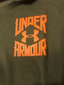 Under Armour Mens XL Shirt Lot Of 9 and Med Tactical Gloves