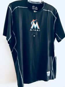 CHRISTIAN YELICH Brewers Signed NIKE DRI FIT SHIRT NEW Marlins MLB COA 2018 MVP!