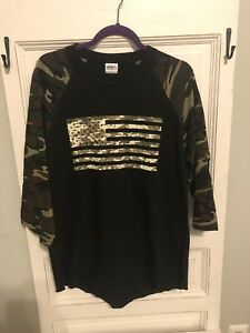 Camouflage Women's Top With American Flag Size L. NEW Without TAG