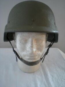 MILITARY HELMET PASGT  Made with Kevlar    SIZE LARGE