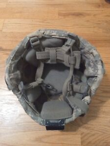 US Military made with KEVLAR PASGT HELMET - LARGE - Devils Lake Sioux Mfg
