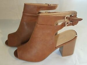 Refresh SFD Hannah 02 Womens Stacked Heels Ankle Booties - Brown- Size 8- NEW