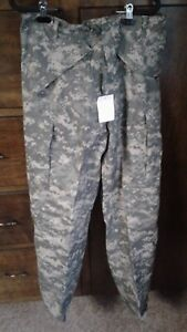 Military ISSUE ACU DIGITAL GORE-TEX COLDWET WEATHER TROUSER Size small long new