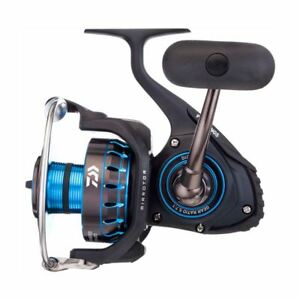 Set of 4 Daiwa Saltist Spinning Reels plus Free 3000 Yard Spool of J-Braid x4