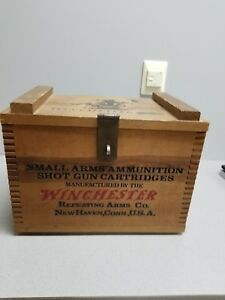 Winchester Western Small Arms Gun Cartridges Wood Box_..