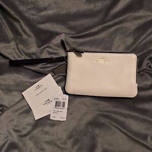 WOMENS NWT Coach Double Corner Zip Wallet - Colorblock Leather and Signature