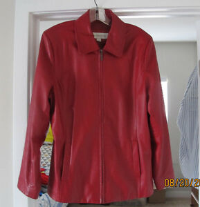 Liz Claibourne - Ladies RED Leather Jacket - Large