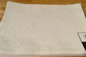 Waterford Linens Sarah Placemat 13in x 19in White Set of Four