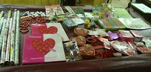 100+ HOLIDAY LOT CHRISTMAS EASTER VALENTINE'S DAY BAGS TOYS LIGHTS COOKIE CUTTER