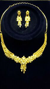 Indian Fashion Jewelry Gold Plated Lct Golden Women Wedding Necklace Earring Set