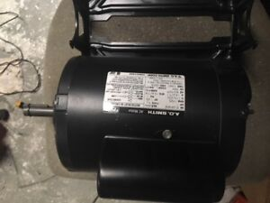 A.O. SMITH Ac motor RS1104A 115230 volts  60hz reversible 1HP with cradle
