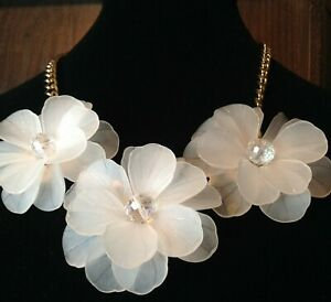 Statement BIB Necklace white clear Multi-flower Rhinestone Crystal 18