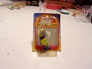 OLD LURE VINTAGE SNEAKY PETE TOPWATER POPPER LURE MADE IN U.S.A. BY GAINES BOX.