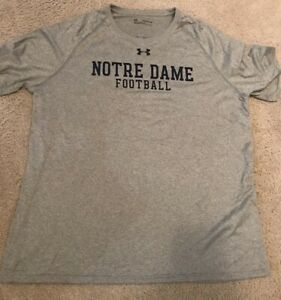 USED TEAM ISSUED NOTRE DAME FOOTBALL LOOSE HEATGEAR UNDER ARMOUR SHIRT 2XL