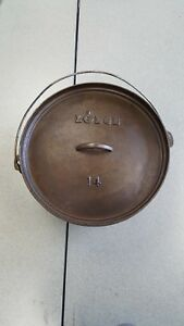Discontinued!  Lodge #14 cast iron CO made in USA  Camp Dutch Oven CAST IRON