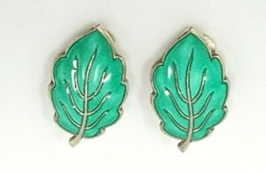 NORWEGIAN NORWAY ANDRESEN amp; SCHEINFPLUG 925S ENAMEL Green LEAF EARRINGS C1960#x27;S