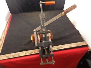 SAECO RELOADING CAST BULLET LUBE SIZER PRESS W 429 DIE & TOP PUNCH PLUS LUBE