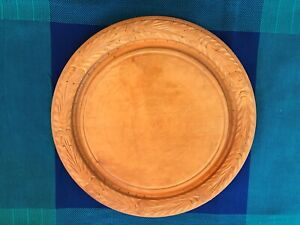 Antique/primitive round wood cutting board