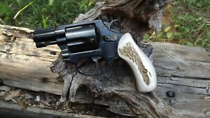 Smith Wesson Elk Stag grips J frame Round Butt