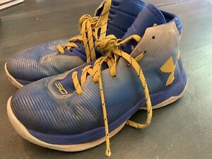 Stephen Curry under Armour Shoes Size 5.5 Youth