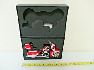 Harley-Davidson Ohio State Buckeyes Classic Electra Glide By DCP 112th Scale