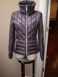 VINCE CAMUTO PACKABLE LIGHTWEIGHT DOWN JACKET MINT CONDITION SIZE SMALL