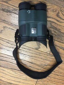 Yukon NV Night Vision Goggles Binoculars Tracker 3x42 YK25028 Case Included