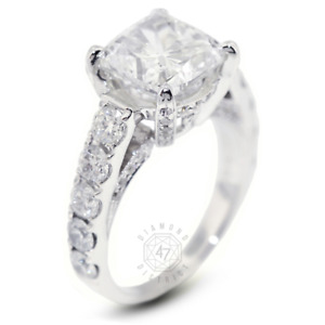 9.53ct tw G-VS2 Cushion Earth Mined Certified Diamonds 18K Gold Side-Stone Ring