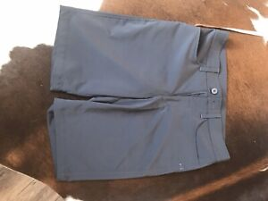 Under Armour Golf Leaderboard Tech Shorts Stealth Gray Mens Size 30 MSRP $50
