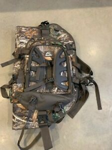 INSIGHTS HUNTING THE VISION BOW PACK REALTREE EDGE 1719 CUBIC IN