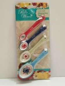 The Pioneer Woman 4 Piece Classic Charm Ceramic Measuring Spoons FREE SHIPPING..