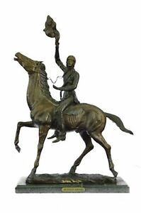 Rare Sculpture Buffalo Signal- By Frederic Remington- Reissue Lot 2650 Figurine