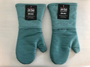 New Set of Two All Clad Silicone Heavy Washable Oven Mitts - Rainfall (Aqua Sky)
