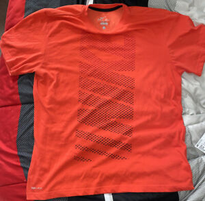 nike dri fit shirt large Red 🔥 Must See $5.20