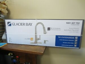 New! Glacier Bay Touchless LED Pull-Down Sprayer Kitchen Faucet 67536-0508D2